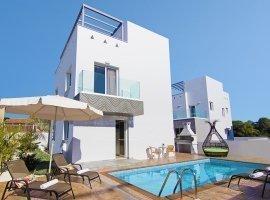Villa Nissi Beach