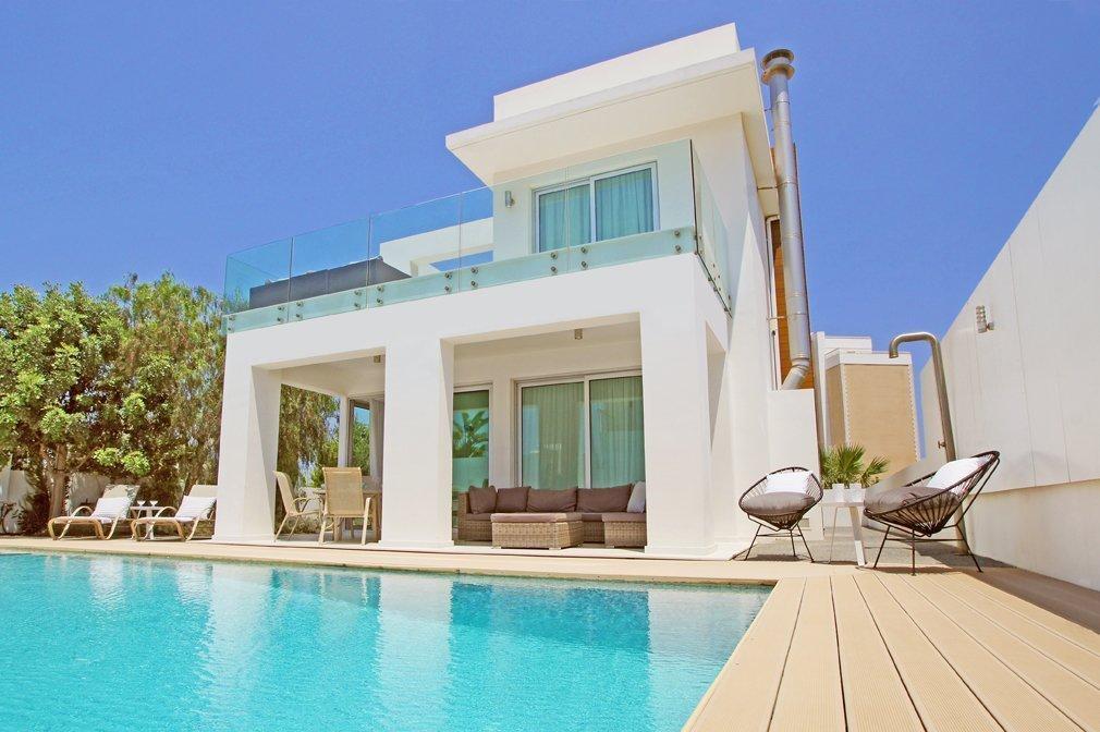 villa fig beach 1