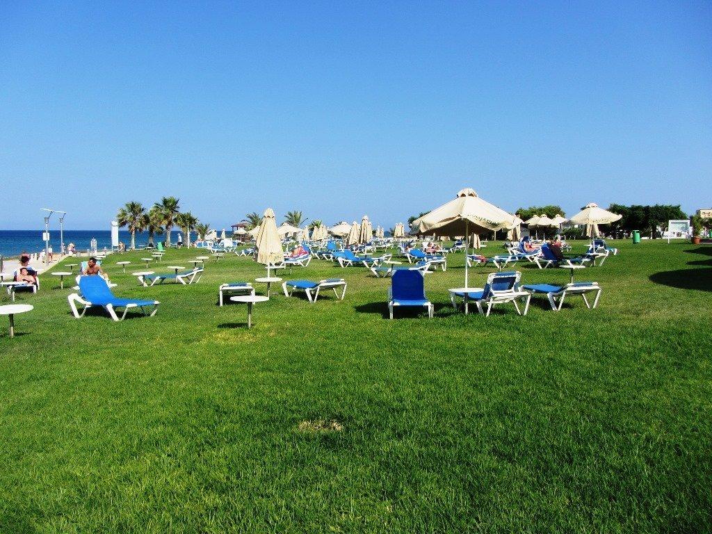 Beach Pernera 2