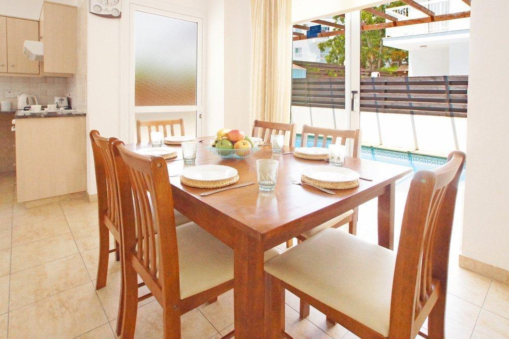Villa Blue spice Dining Room
