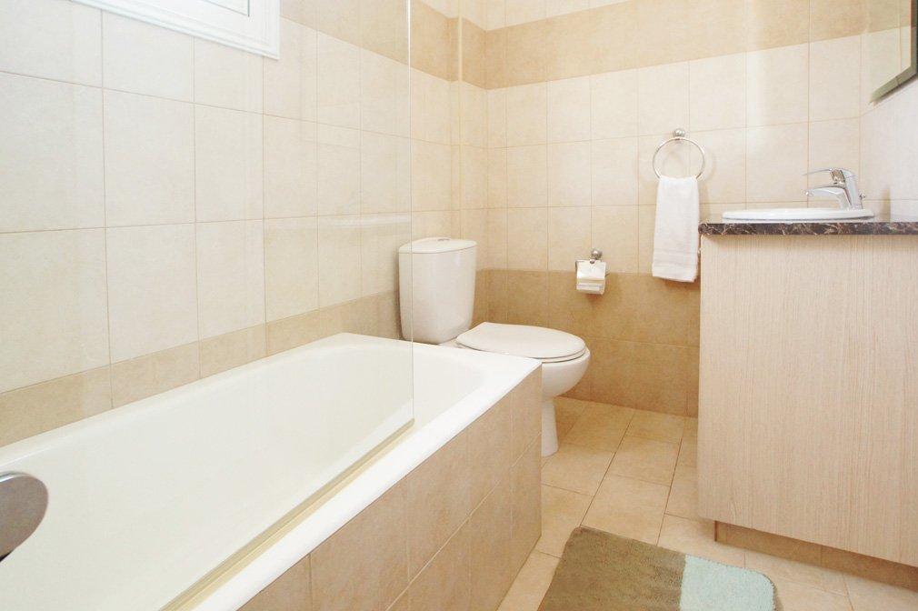 Villa Blue spice Bathroom 2