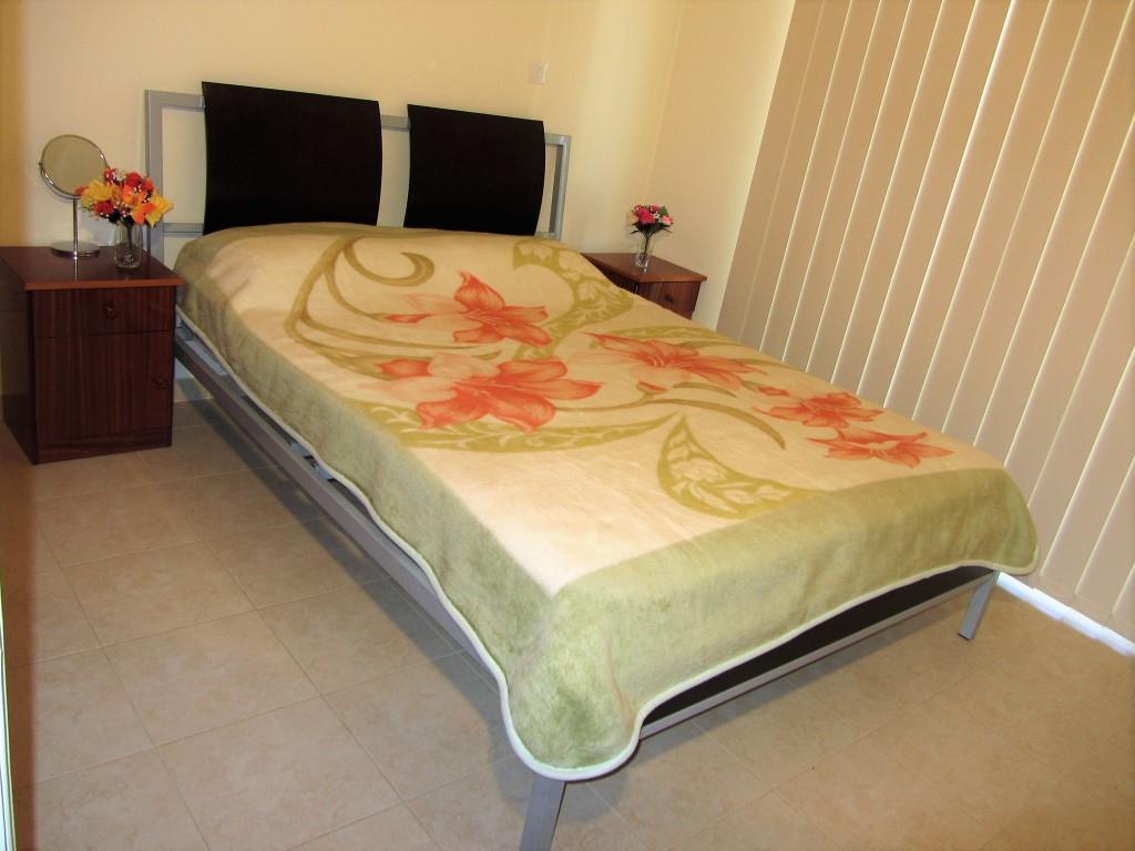 double-bedroom (2)