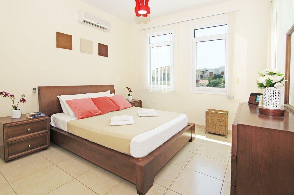 double-bedroom