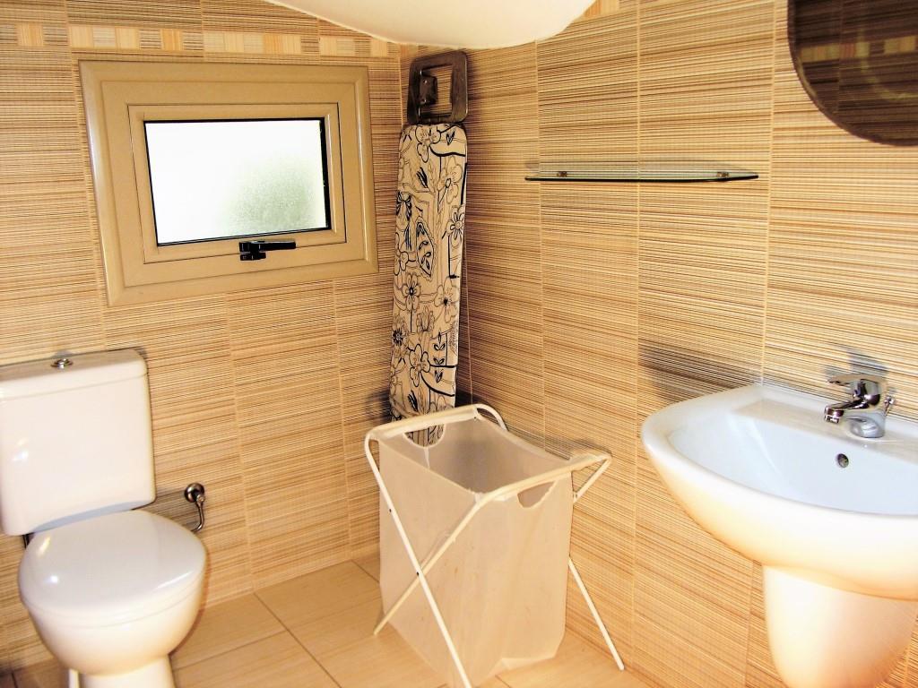guest's toilet