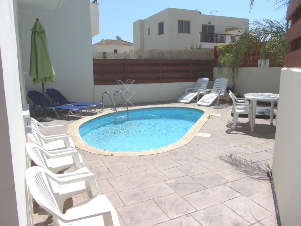 Three bedroom villa pool holidays to cyprus villas for 3 bedroom house with pool